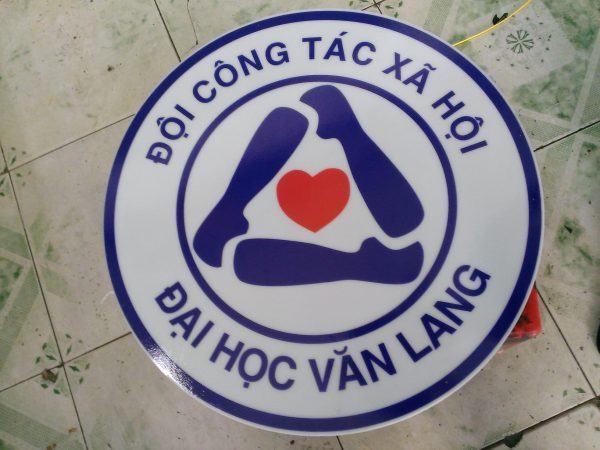 logo-hop-den-dai-hoc-van-lang-3