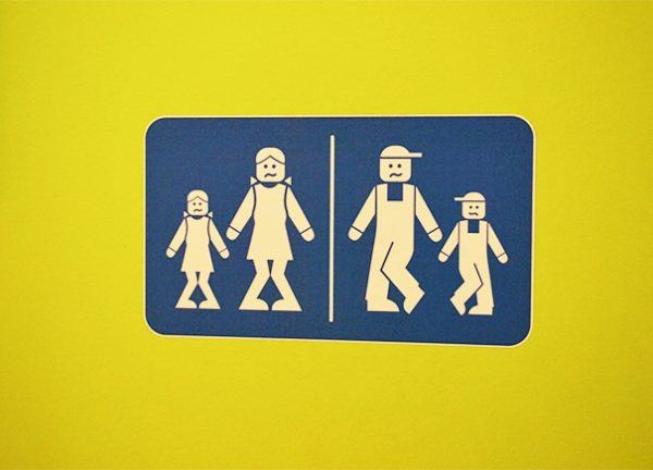 Bảng hiệu Toilet , WC lego
