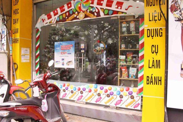 Trang trí nole tiệm bánh