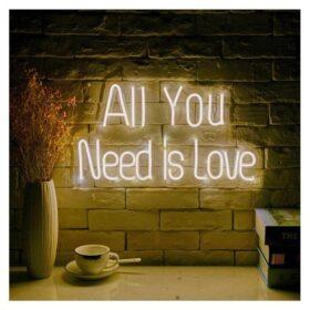 Trang trí không gian của bạn bằng đèn neon sign
