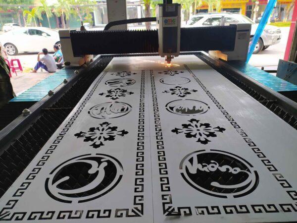 Nhận cắt CNC gỗ-kim loại giá rẻ tại TPHCM và Bình Dương